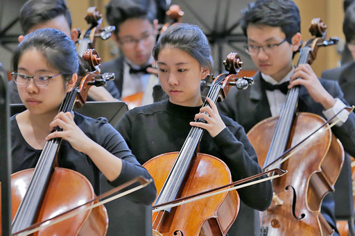 Orchestra 5 dazzles Midwest Clinic audience